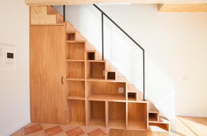 階段下収納リフォーム